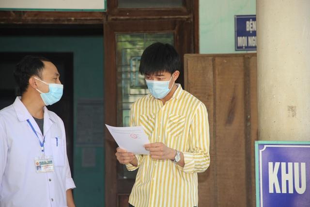 Tiếp tục có thêm nhiều bệnh nhân Covid-19 được xuất viện  - 2