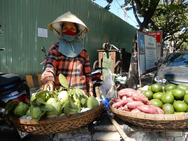 Đà Nẵng: Người lao động vui mừng trở lại công việc sau cách ly xã hội - 2