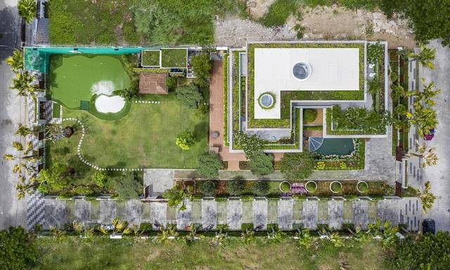 Choáng ngợp biệt phủ gần 2000 m2 có cả công viên trên sân thượng ở Cần Thơ - 2