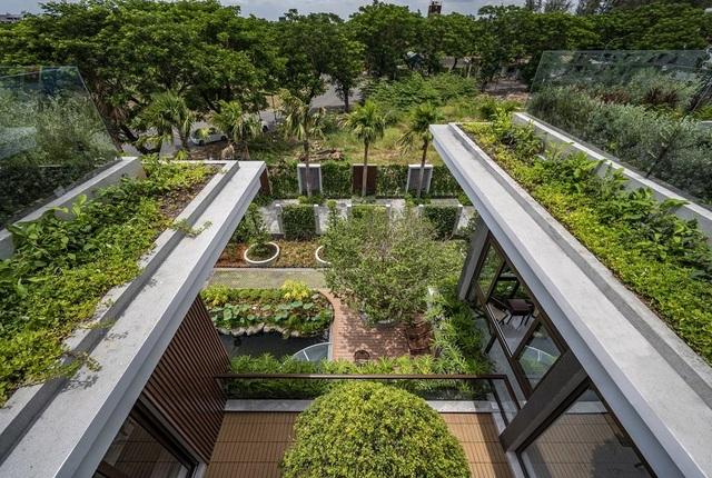 Choáng ngợp biệt phủ gần 2000 m2 có cả công viên trên sân thượng ở Cần Thơ - 3