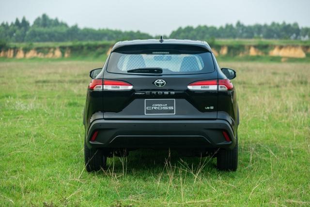 Corolla Cross 1.8G bản tiêu chuẩn được trang bị gì với mức giá 720 triệu? - 2