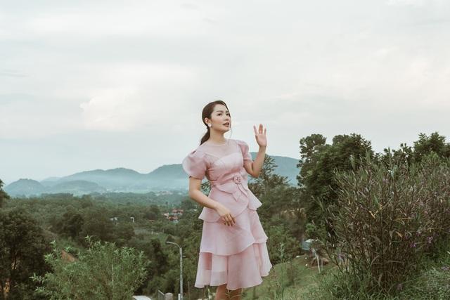 Nguyễn Ngọc Anh chính thức công khai chồng kém tuổi và hai con gái - 3
