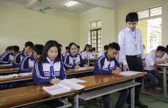 Nam sinh trường nghề đạt 27,25 điểm xét tuyển đại học khối C - 3