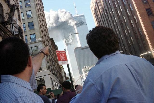 Nhìn lại những khoảnh khắc ám ảnh về vụ khủng bố 11/9 - 2