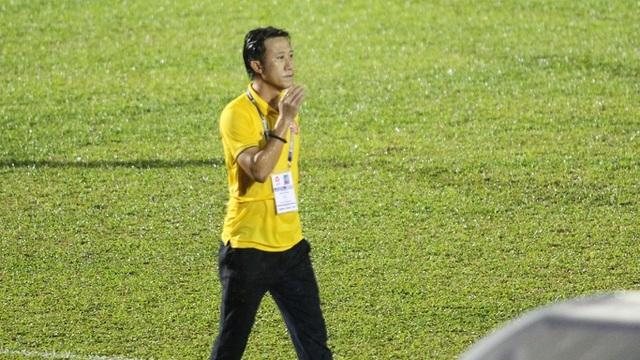 Bầu Đệ đòi can thiệp chuyên môn, HLV CLB Thanh Hoá xin từ chức - 1