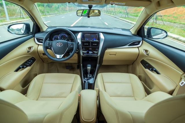 Toyota Vios là xe bán chạy nhất tháng 8, bỏ xa đối thủ bất chấp tháng ngâu - 4