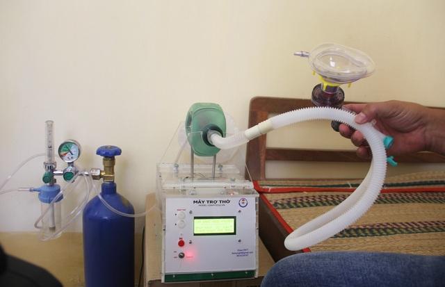 Phú Yên: Thầy giáo trường nghề sáng chế máy trợ thở - 6