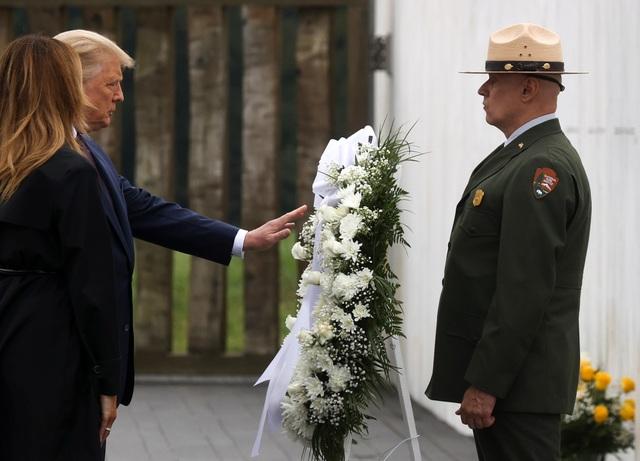 Ông Trump ca ngợi 40 người hùng đối đầu những kẻ khủng bố vụ 11/9 - 3
