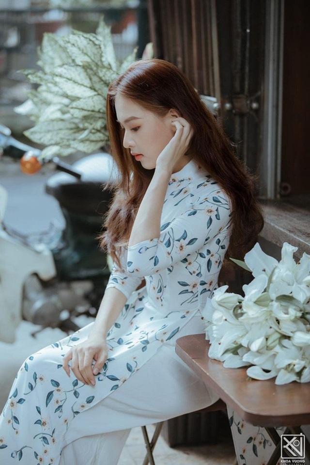 Nữ sinh Phú Yên đẹp như nàng thơ sau khi giảm tới 22kg - 9