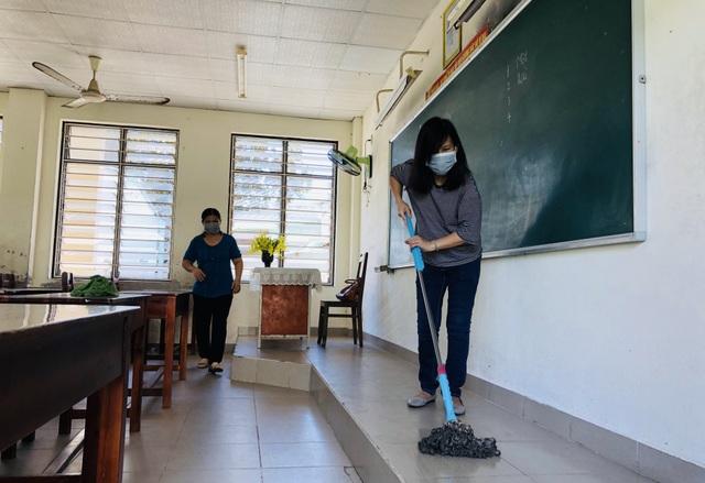 """Giáo viên Đà Nẵng """"vui như Tết"""" khi dọn sạch trường, lớp chờ đón học sinh - 8"""
