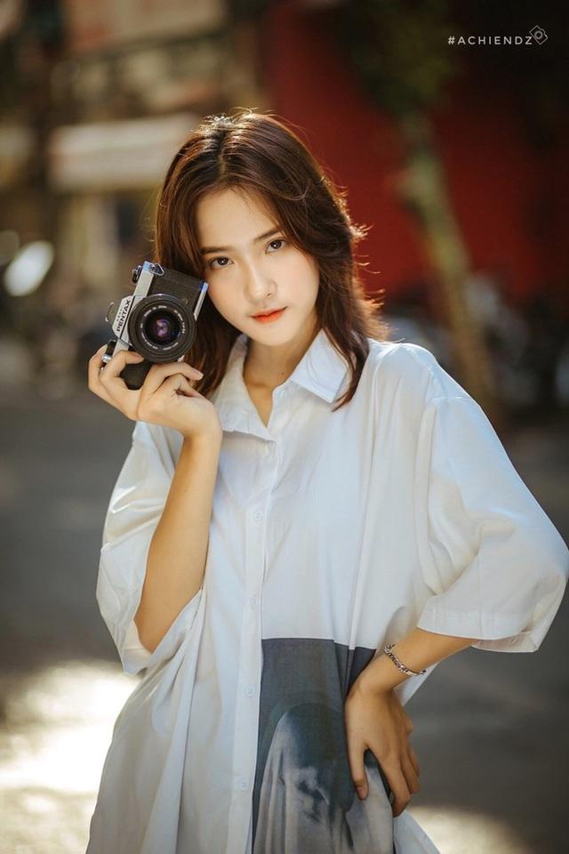 Xao xuyến với nét đẹp dung dị của nữ sinh trường Dệt may - 3