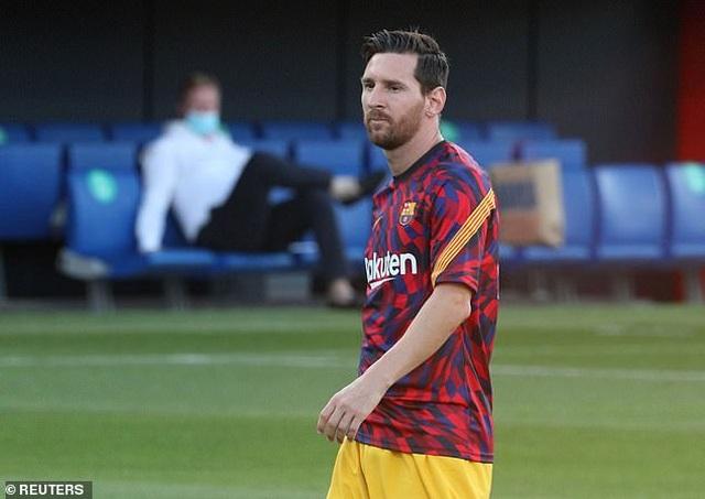 Messi chủ động nhường quyền đá phạt đền cho Griezmann - 2