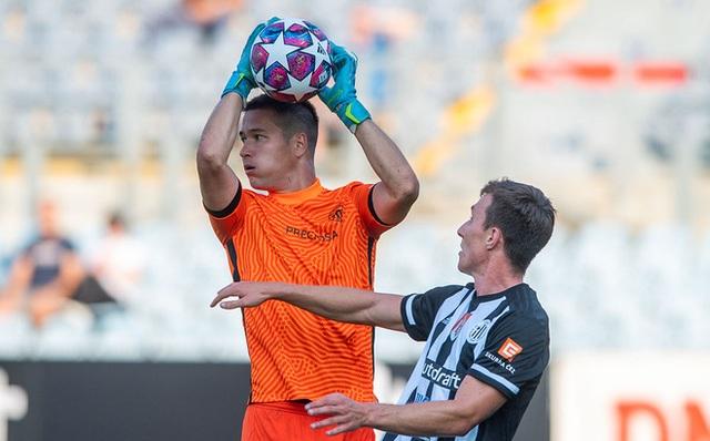 Trở về Slovan Liberec, Filip Nguyễn lại ghi điểm trong mắt thầy Park - 1
