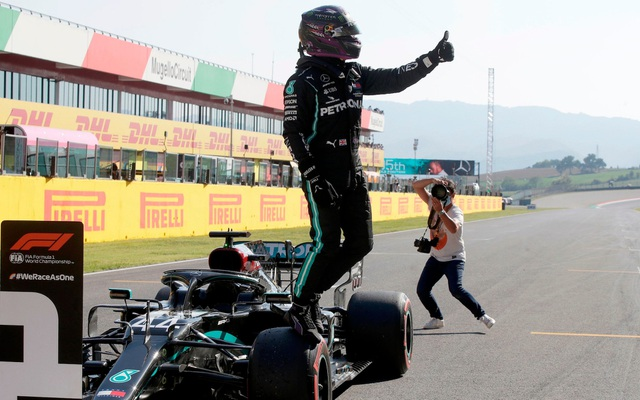 Tuscan Grand Prix 2020: Muốn bao nhiêu hỗn loạn cũng có - 2