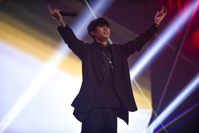 """""""Nổi da gà"""" thí sinh King of Rap làm mới hit của diva Hồng Nhung, Bằng Kiều - 7"""
