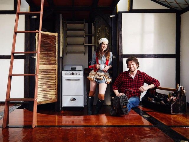 Vợ chồng trẻ đi nhặt phế liệu thiết kế thành ngôi nhà đẹp không ngờ - 3