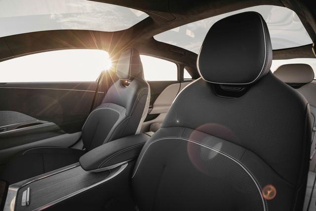 Sedan thể thao chạy điện Lucid Air - đối thủ cực gắt của Tesla - 13