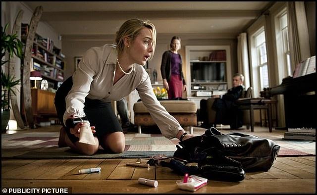 Lý do Kate Winslet nằm trong cốp xe xem nữ diễn viên 19 tuổi đóng cảnh nóng - 3