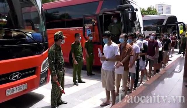 Trao trả 113 công dân Trung Quốc nhập cảnh và cư trú trái phép - 1