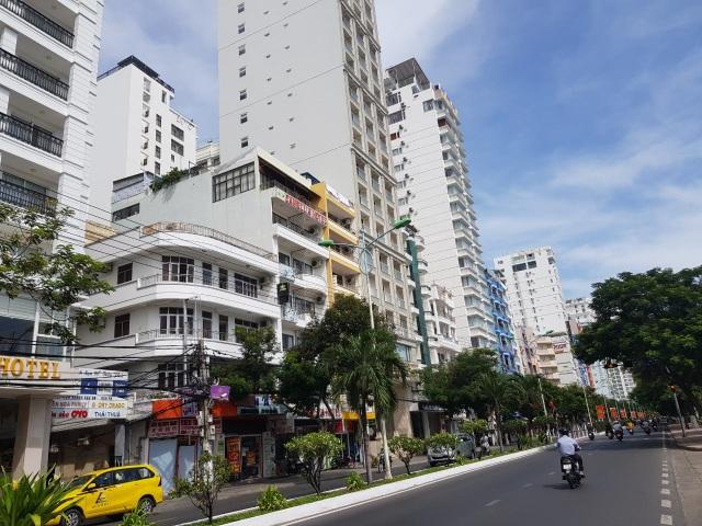 Khánh Hòa: Gần 19.000 người đề nghị trợ cấp thất nghiệp do dịch Covid-19 - 1