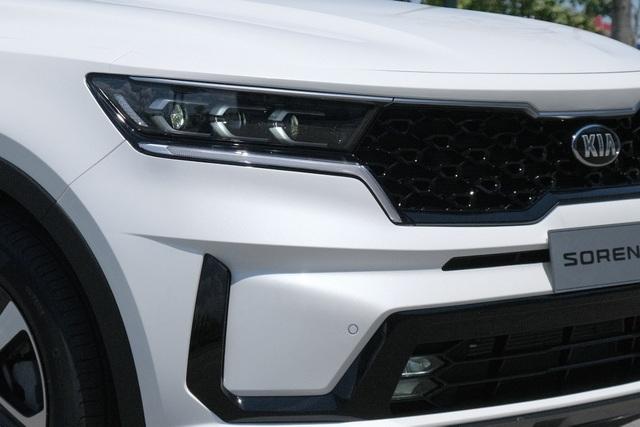 Details Kia Sorento 2021: What Korean car has with the highest price of 1,349 billion?  - 5