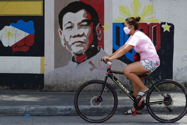People in Southeast Asia with the most Covid-19 cases rush to buy bicycles - 2
