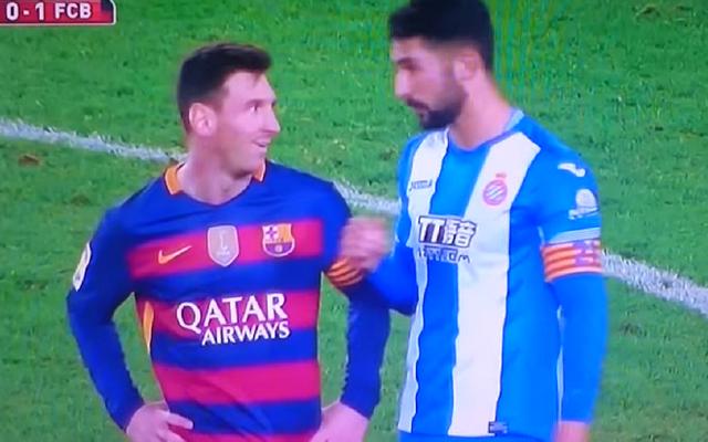 """Cầu thủ gây gổ với Neymar từng """"cà khịa"""" Messi nhưng... cứng họng - 1"""