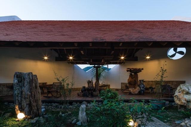 Gia đình ở Nha Trang làm nhà vườn kiểu Bắc Bộ ngập cây xanh, đẹp hiếm có - 13