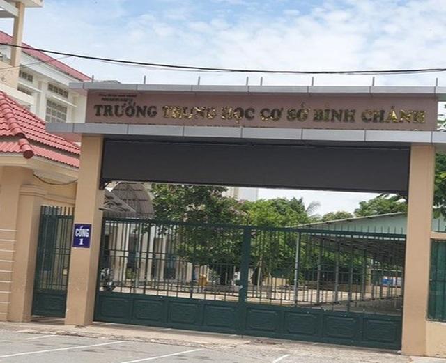 """TPHCM: Trường trả lại """"tiền ghế ngồi học sinh"""" do """"nhầm dấu mộc""""? - 2"""