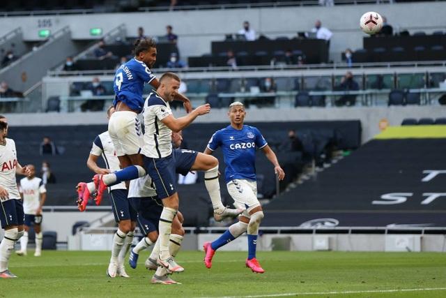 Nc247info tổng hợp: Tottenham thất bại trước Everton, Mourinho lại sớm lo lắng