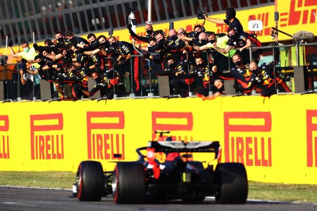 Tuscan Grand Prix 2020: Muốn bao nhiêu hỗn loạn cũng có - 22