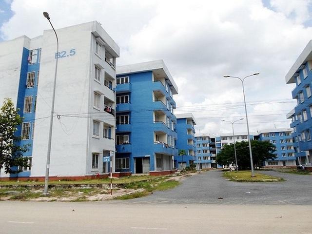 Xót xa chục ngàn căn hộ tái định cư bỏ không lãng phí ở Sài Gòn - 2