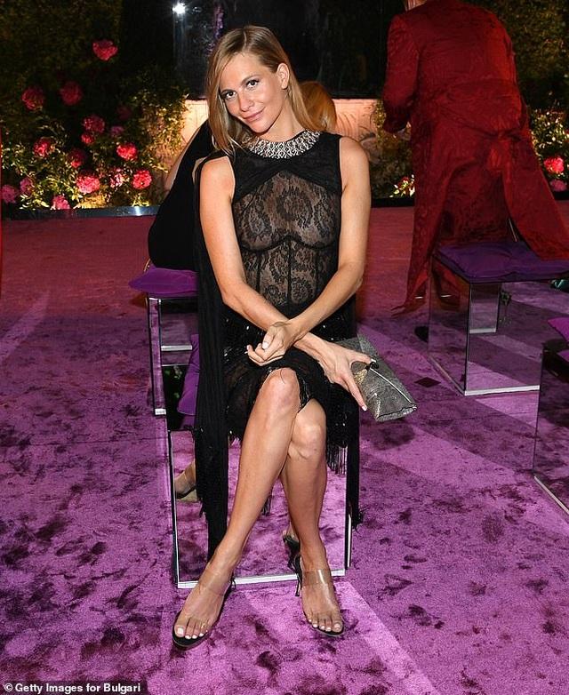 Poppy Delevingne gây choáng với váy hở bạo - 3