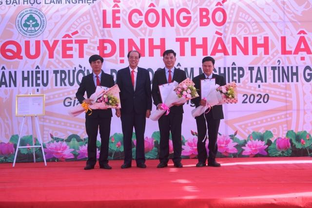 Công bố Quyết định thành lập Phân hiệu Đại học Lâm nghiệp tại tỉnh Gia Lai - 4