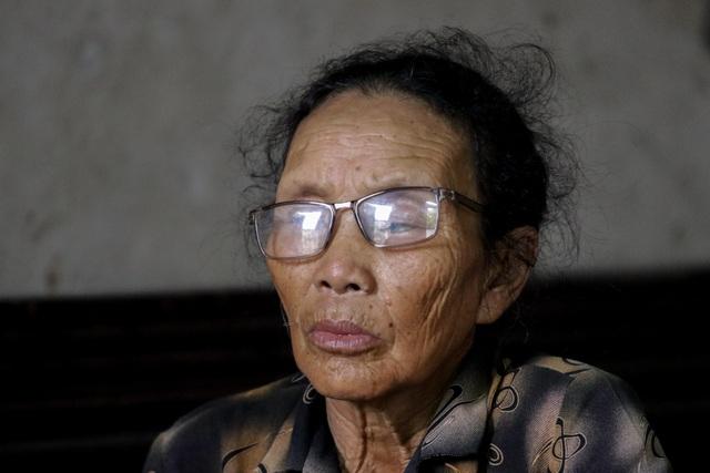 Đau lòng cảnh người phụ nữ nghèo ngồi ôm bệnh chờ... chết bên song cửa - 7