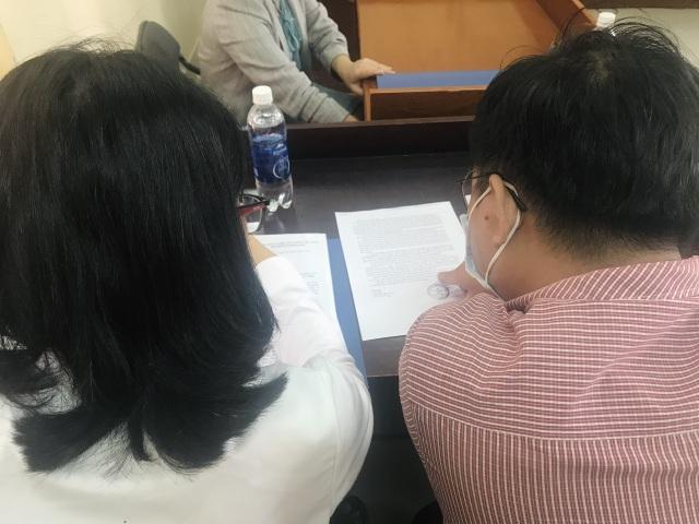 Vụ thầy giáo cho trò tái hiện cảnh nóng: Tòa án Quận 12 đình chỉ vụ án - 2
