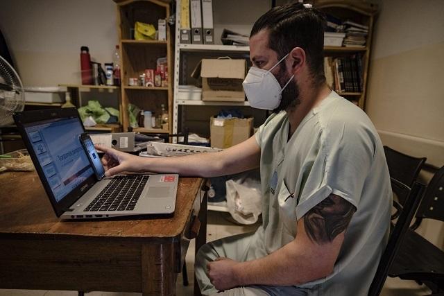 Argentina: Dạy sinh viên y trong mùa Covid-19 - 2
