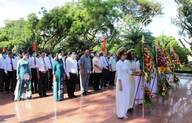 Bình Định: Tổ chức Lễ giỗ Hoàng đế Quang Trung - 2
