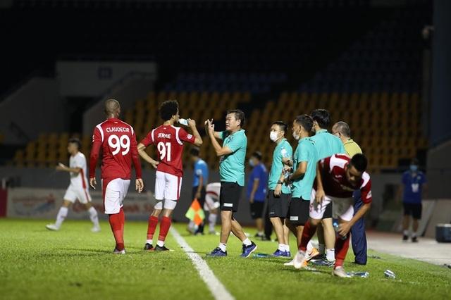 Hậu vệ Bùi Tiến Dũng toả sáng, CLB Viettel vào chung kết cúp Quốc gia - 3
