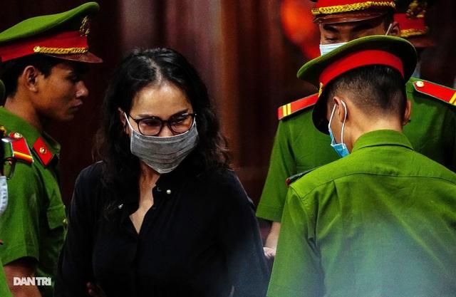 """Nữ bị cáo khiến ông Nguyễn Thành Tài """"ngã ngựa"""" phủ nhận cáo buộc - 2"""