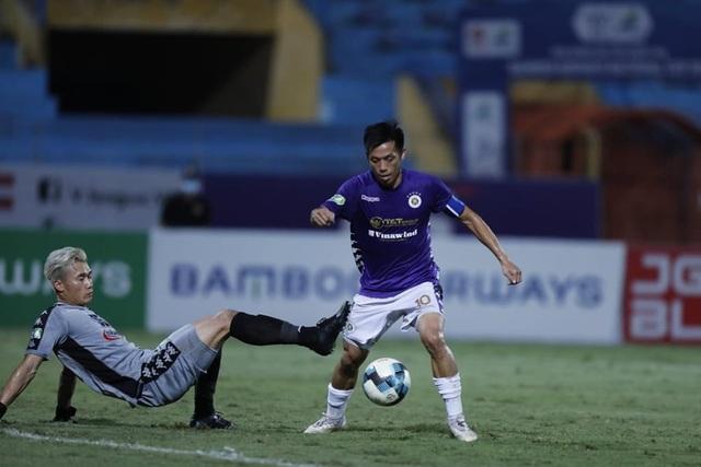 Nc247info tổng hợp: HLV Chung Hae Seong không trách thủ môn