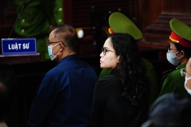 """Nữ bị cáo khiến ông Nguyễn Thành Tài """"ngã ngựa"""" phủ nhận cáo buộc - 1"""
