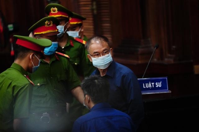 Cựu Phó Chủ tịch TPHCM Nguyễn Thành Tài hầu tòa - 5