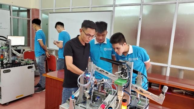 Hà Nội: Các cơ sở giáo dục nghề nghiệp tuyển sinh chỉ đạt 42,8% - 1