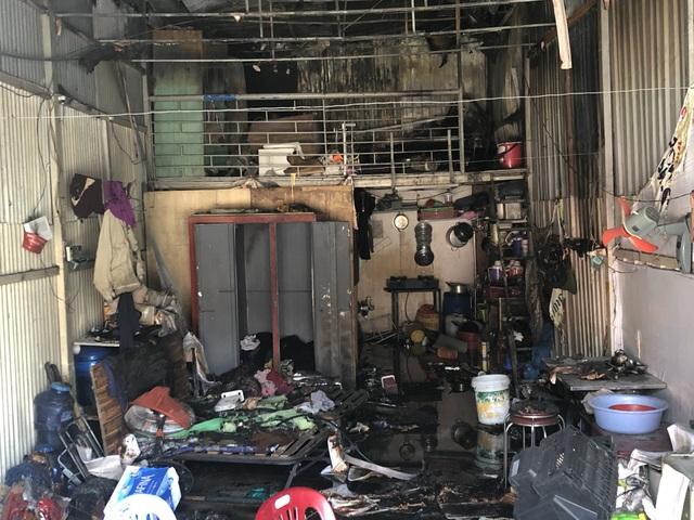 10 phòng trọ và nhà dân bị thiêu rụi sau tiếng nổ lớn - 3