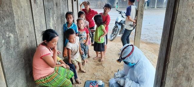 Cả nước vượt mốc 65.000 ca sốt xuất huyết, 7 người tử vong - 3