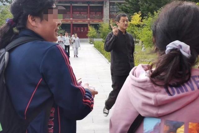 Lý Á Bằng đã chia tay bạn gái kém 16 tuổi? - 5