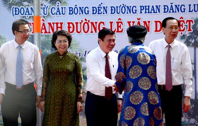 TPHCM chính thức có đường Lê Văn Duyệt - 1