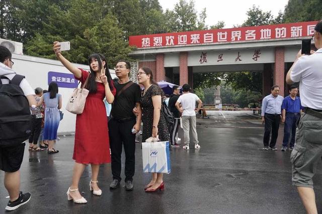 Trung Quốc: Nhiều trường ĐH giảm số ngày nghỉ lễ để tránh Covid-19 lây lan - 1