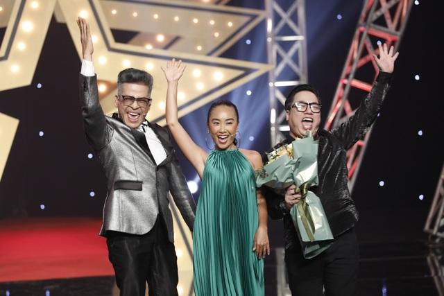 """Đoan Trang từng học cùng lúc hai trường và bí mật """"thỏi socola biết hát"""" - 4"""